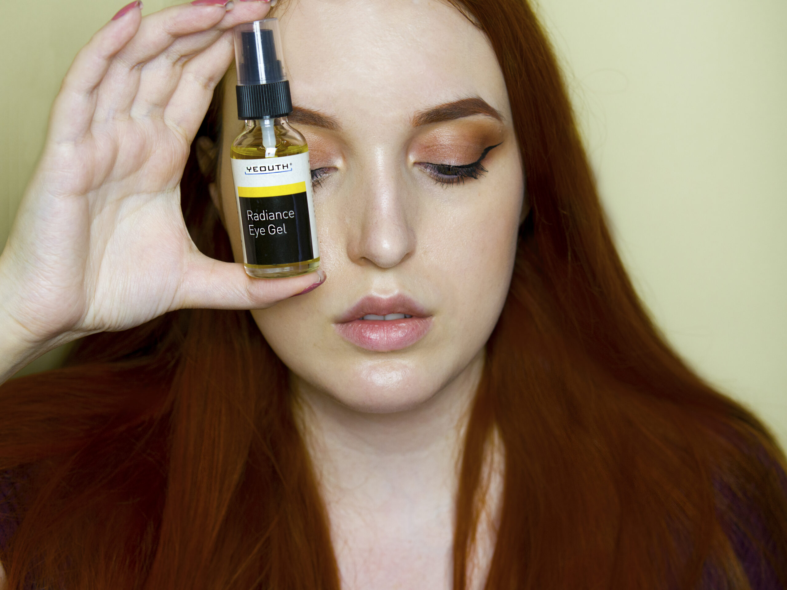 Yeouth radiance eye gel